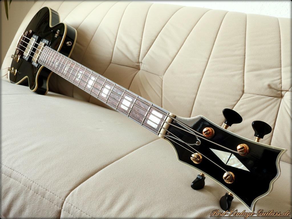 https://best-vintage-guitars.de/sakai_les_paul_bass/sakai_les_paul_bass%20(1).JPG